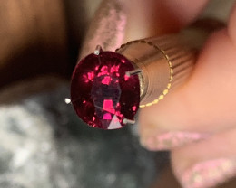 2.94ct Magenta Crimson Rhodolite Garnet - Glorious Rich fire within