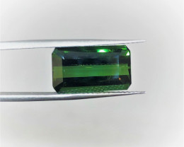 #219 5.39CT VIVD GREEN UNTREATED