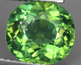2.85 CTS MAGNIFICENT NATURAL RARE TOP QUALITY GREEN APATITE