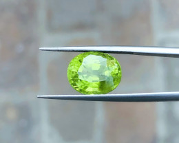 5.75 Ct Natural Greenish Transparent  Peridot Gemstone