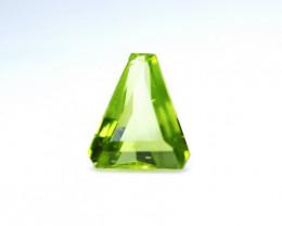 2.78 CT Natural & Unheated Green Peridot Gemstone