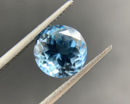 Blue Topaz 4.34 ct Loose Gemstone Round Cut- IGI Certified
