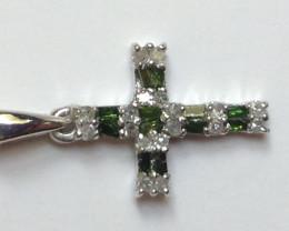 Diamond Cross 0.20 TCW