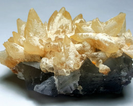 Lovely Damage free gemmy Calcite with Fluorite 900Cts-Pakistan