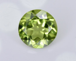 1.45 Crt Peridot Faceted Gemstone (R15)