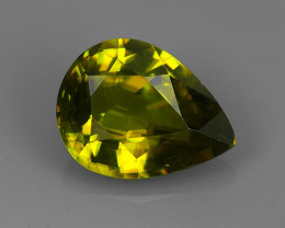 2.75 Cts:Lustrous Vivid Greenish Yellow Hue Natural Sphene!!
