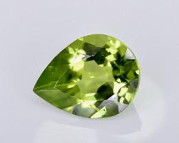 1.66 Crt Peridot Faceted Gemstone (R19)