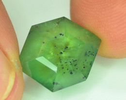 AAA GArde 9.40 ct Demantoid Garnet Trapiche  w Horsetail Inclusion