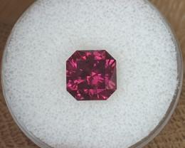 5,40ct Pink Garnet - Master cut!