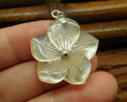 Shell carving flower pendant with s925 (B1357)