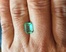 2,74ct Colombian Natural Emerald Ref 6/43