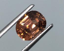 2.19 Carat VVS Zircon Golden Peach Color Flash Unheated Tanzania Rare !
