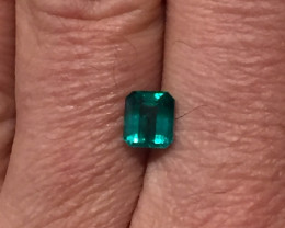 1,50ct Colombian Emerald ref 18/21