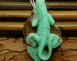 Natural gemstone chrysoprase lizard pendant (G0859)