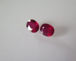 NEW ARRIVAL PAIRE RUBIS CABOCHON  2.78cts