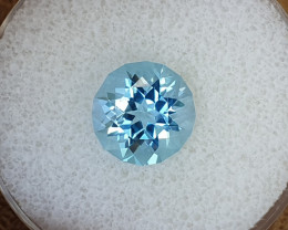 4,84ct Sky blue Topaz - Designer cut!