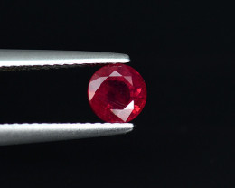 .93CT 5.2mm ROUND CUT BRIGHT SCARLET RUBY  (Fissure Filled)