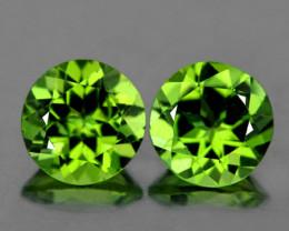 7.00 mm Round 2 pcs 2.67cts Green Peridot [VVS]