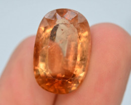 Top Quality 20.0 ct Champagne Color Topaz Skardu Pakistan