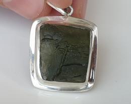 36,60ct Moldavite pendant