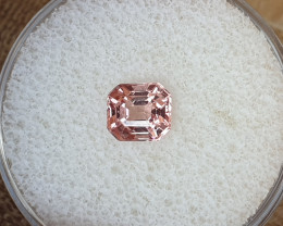 1,12ct Padparadscha coloured Spinel - Hot colour!