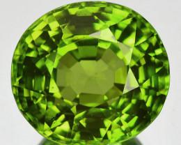 7.60 Cts MIND BLOWING NATURAL GREEN PERIDOT PAKISTAN (Video Avl)