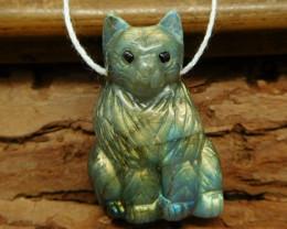 Labradorite carved cat pendant bead (G0990)