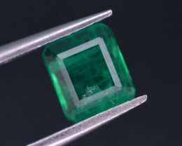 Top Quility 0.80 ct Natural Vivid Green Color Emerald~Swat ~ G AS