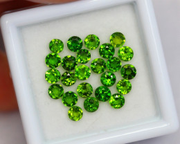 2.94cts Natural Green Colour Chrome Diopside lot / JU157