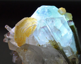 Fluorite Tourmaline Quartz Muscovite - 215 grammes - Dassu, Pakistan