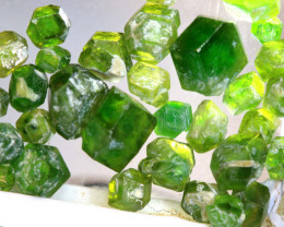 25.88-CTS DEMANTOID GARNET ROUGH  RG-4241