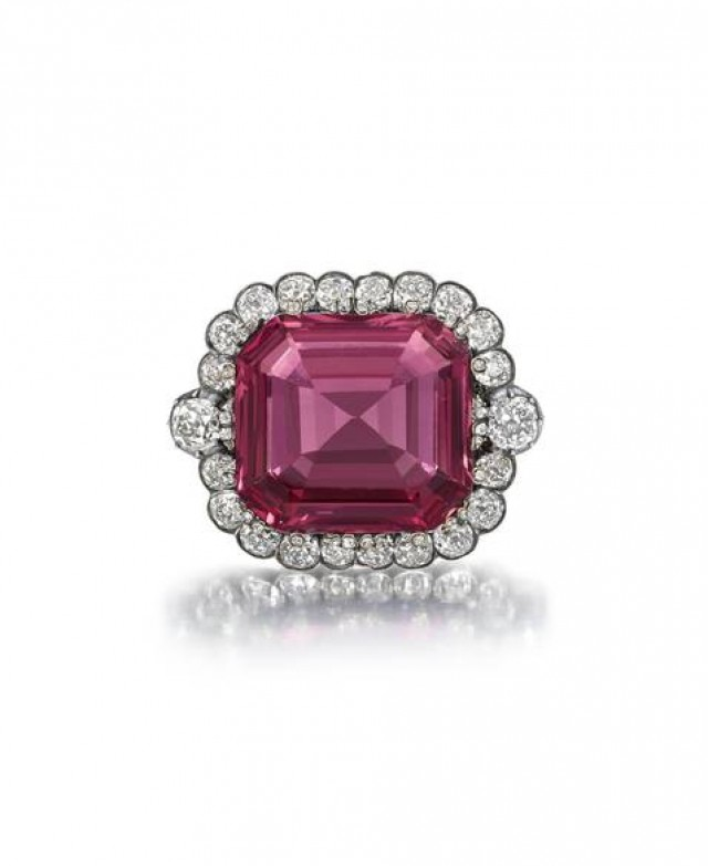 Hope Spinel sets a new world record at auction