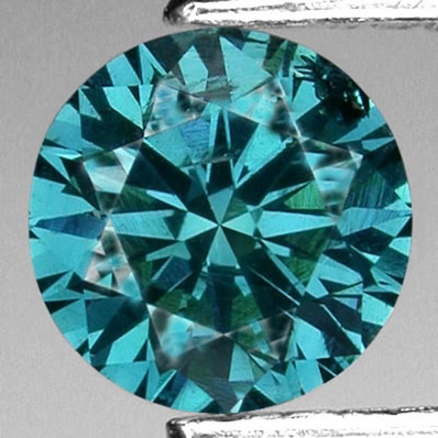 blue and green diamonds are commonly irradiated