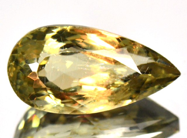 Zultanite, Csarite And Diaspore – What's The Difference