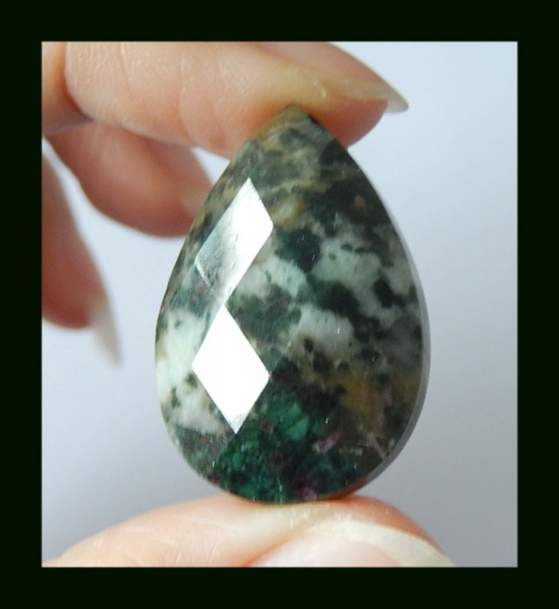 Moss Agate - Crystal Meaning | Gem Rock Auctions