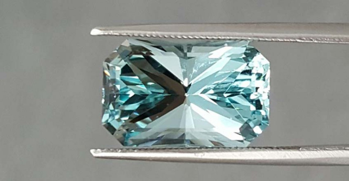 What Is Aquamarine Made Of