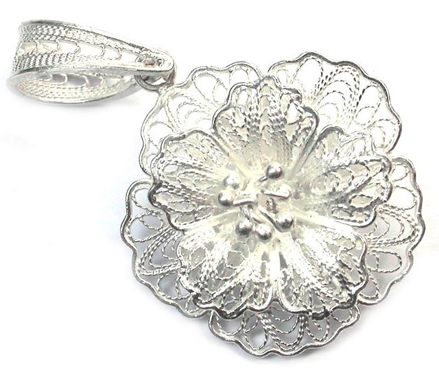What Is Filigree Jewelry - Filigree Definition