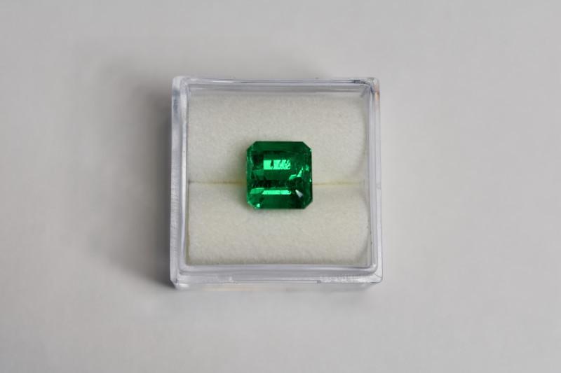 When Will Gemstones Overtake Diamond Sales