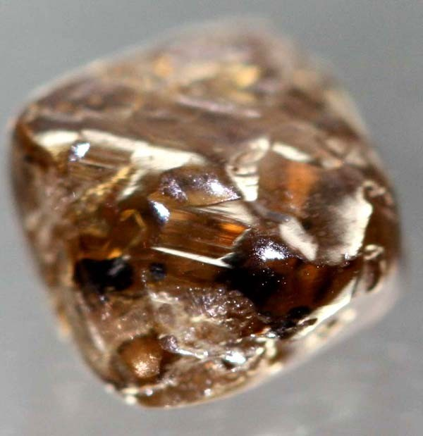 How To Select Rough And Raw Diamonds Gem Rock Auctions