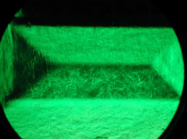 Gota de Aceite Emerald inclusions