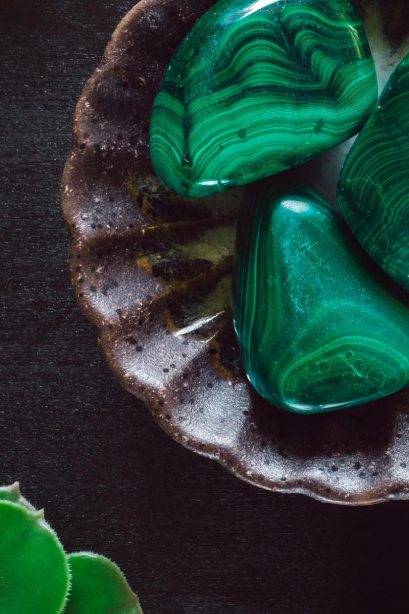 malachite healing stones
