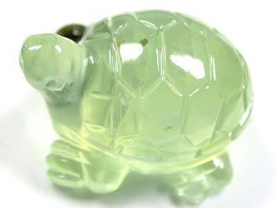 HANDCARVED LUCKY TURTLE PREHNITE  21.20CARATS RO 1378