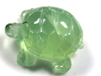 FREE SHHANDCARVED LUCKY TURTLE PREHNITE  10.8 CARATS RO 1386