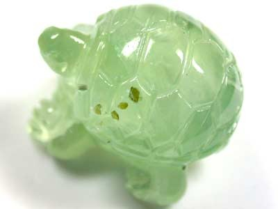 HANDCARVED LUCKY TURTLE PREHNITE  15.5CARATS RO 1403