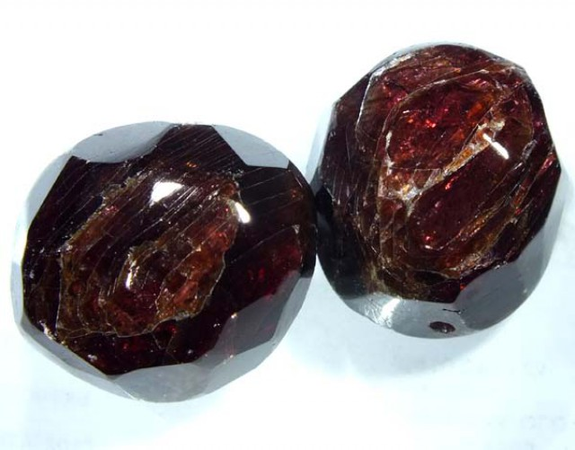 GARNET NATURAL FACETED BEAD DRILLED 2 PCS 120 CTS NP-862