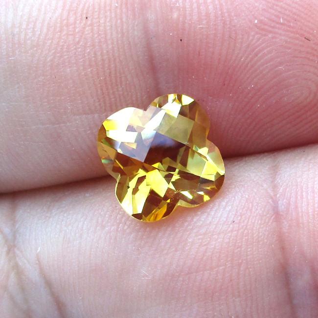 3.94cts Golden Yellow Citrine Flower Checker Board Shape
