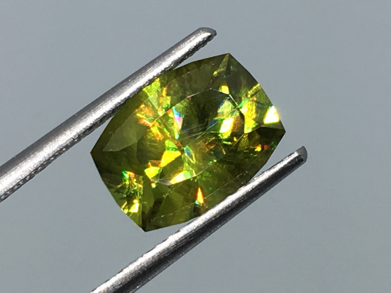 ⭐️SALE ! 2.91 Carat Sphene Master Cut Russian Beauty Extremely Rare!