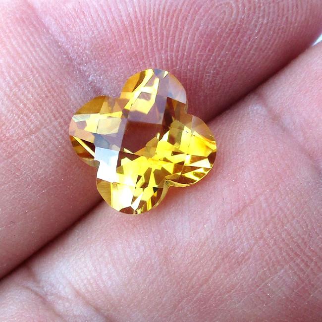 4.34cts Golden Yellow Citrine Flower Checker Board Shape