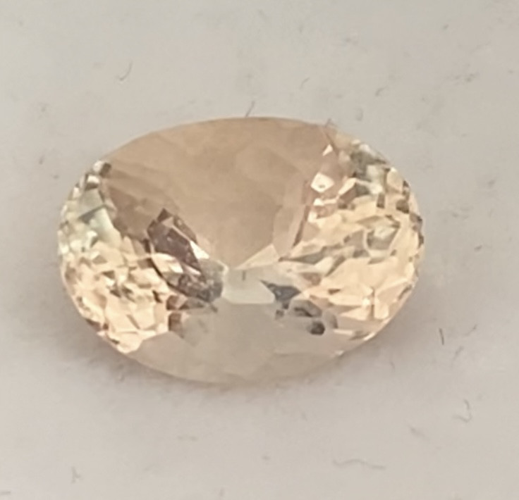 Luminous 1.45ct Oval Peach Morganite G252 H680