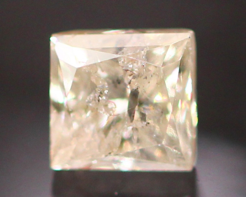 Diamond 0.42Ct Princess Cut Fancy Natural Diamond CF1543